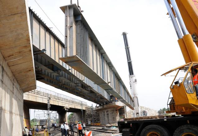 Beam Bridge Construction Materials : What is a girder bridge civil engineering